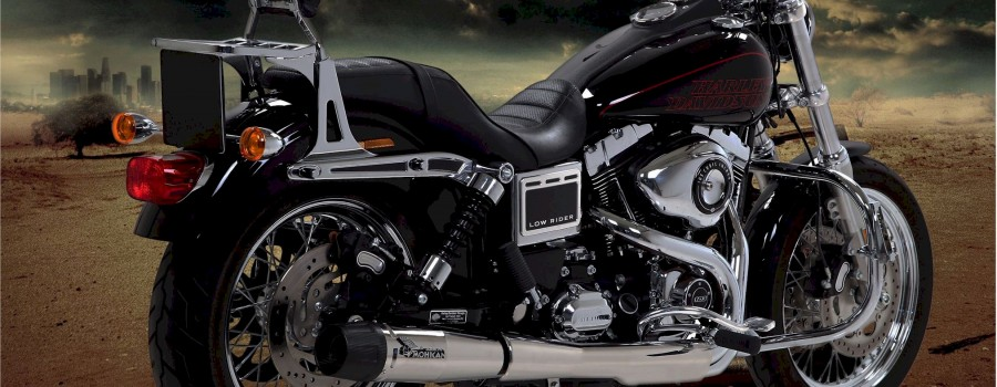 Harley Davidson® Dyna with polish full Mohican Exhaust system and carbon end cap