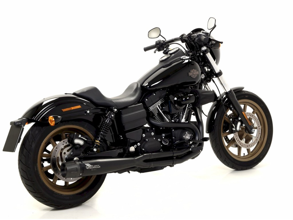 harley davidson� dyna low ride with black mohican exhaust and carbon end  cap